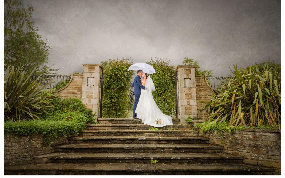 Stunning Stevenage Wedding | Dannielle & Jamie | Sneak Peek